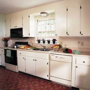 SPRAY PAINTING KITCHEN CABINETS « KITCHEN PHOTOS