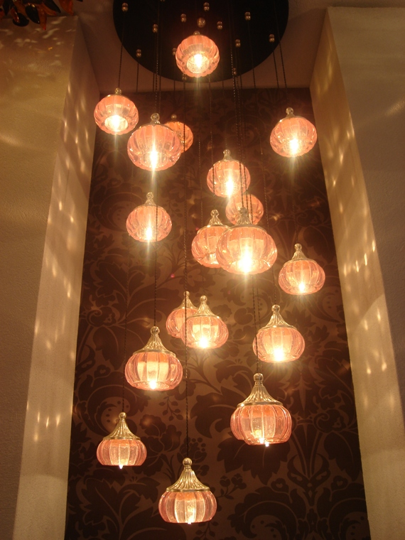 pink_ceiling_light_lumos