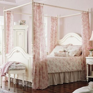 Toile Bedding | Comforter Sets and Duvets | Black Toile | Red