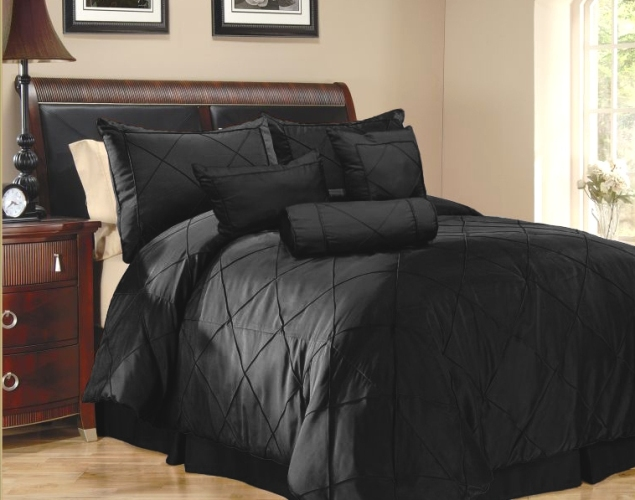 black_bedding