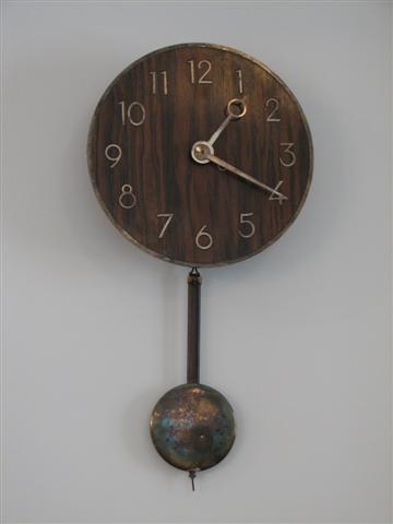 bauhaus_clock