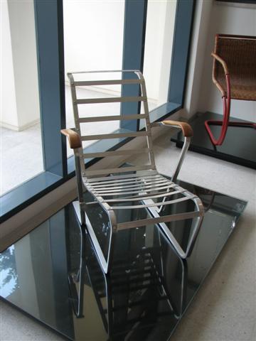 metal_bauhaus_chair