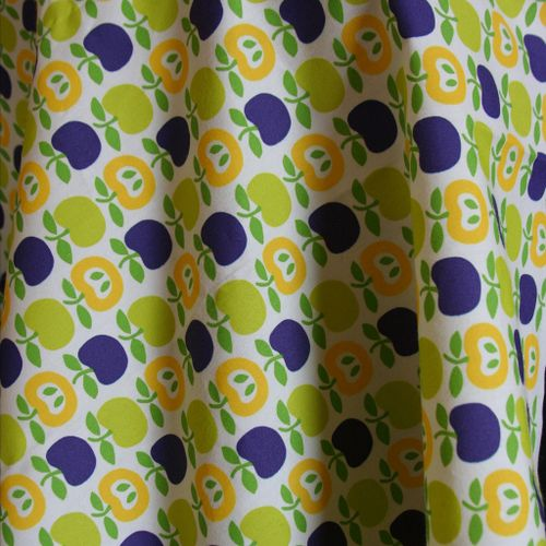 Apple_fabric_print_UR_own