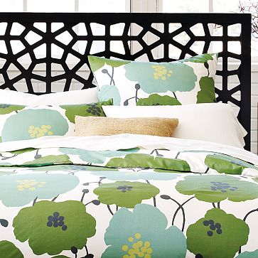 West_Elm_Flower_Bedding