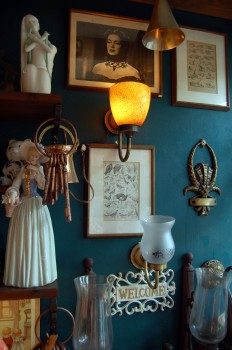 Photos Lamps and frames