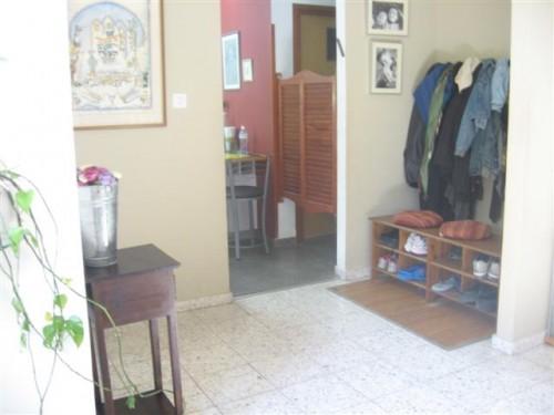 sara_entryway (Small)