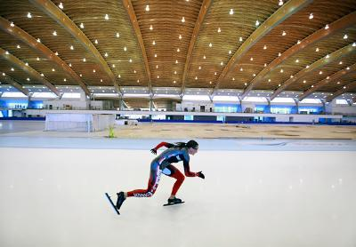 Richmond_oval_skater