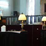 lamps_on_altar